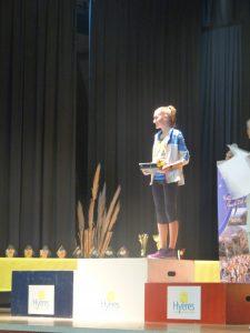 Emma sur la plus haute marche, tellement méritée!